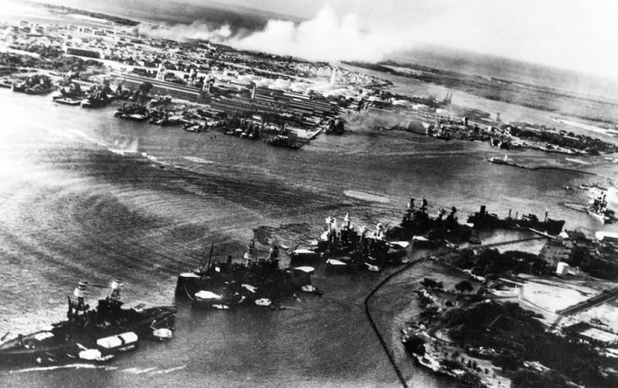 aerial-view-of-battleship-row-in-the-opening-moments-of-the-japanese-attack-on-pearl-harbor